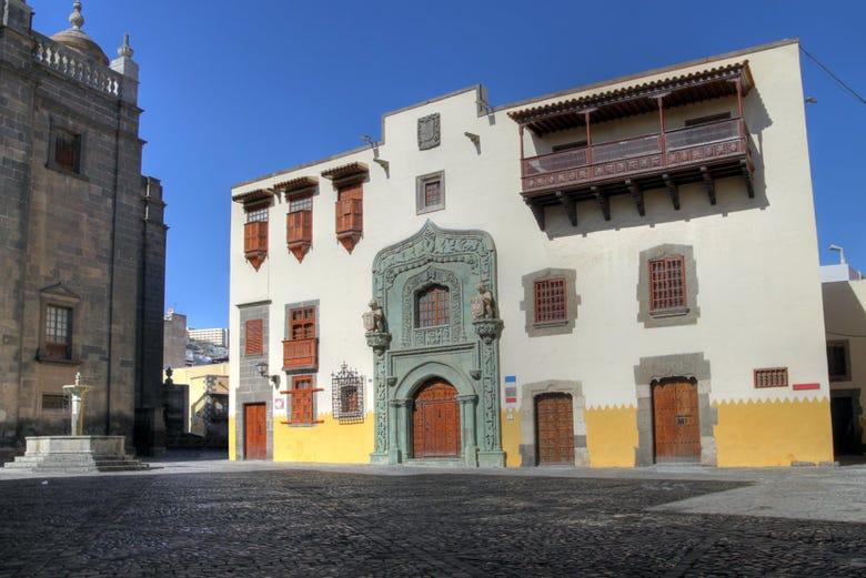 Visita guiada por el barrio vegueta de las palmas gran canaria - Casa del mar las palmas ...