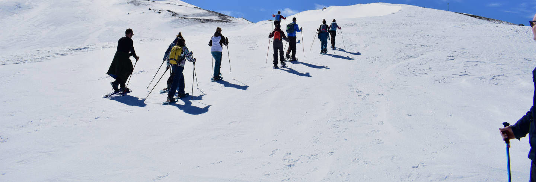 Trekking con racchette da neve sulla Sierra Nevada