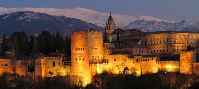 Tour nocturno por la Alhambra y los Palacios Nazaríes