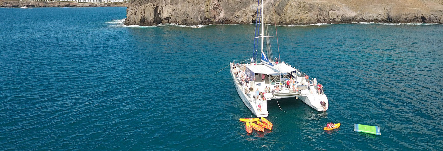 Yacht to the Papagayo Beaches