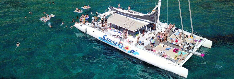 Paseo en catamarán por la Costa Brava