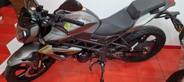 Alquiler de motos en Madrid