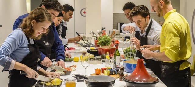 Clase de cocina española + Tour por el Mercado de San Miguel