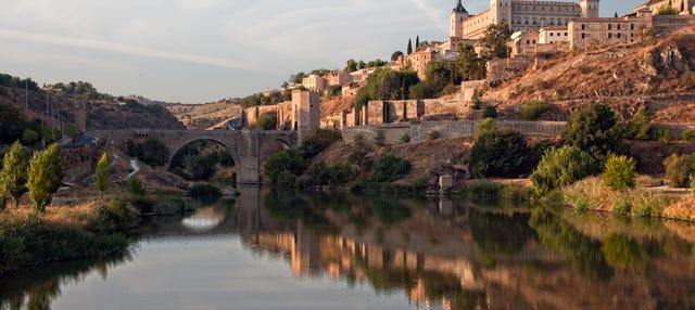 Excursión a Toledo + Cata de vino