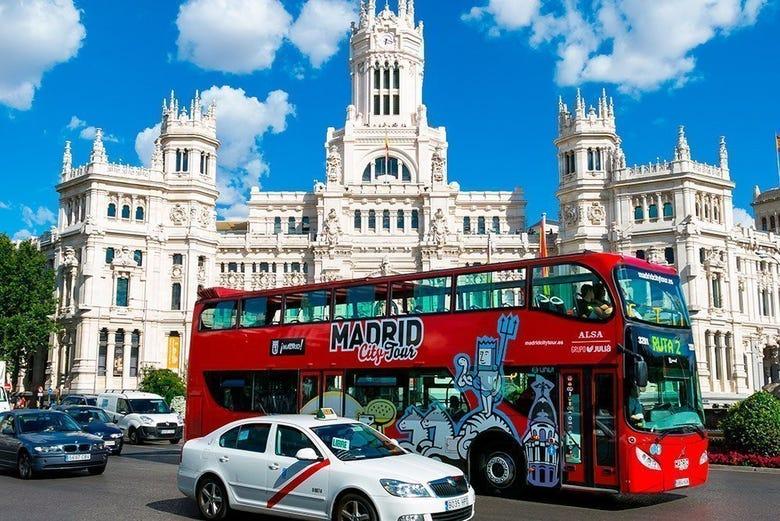 Autob s tur stico de madrid reserva online en for Sitios turisticos de madrid espana