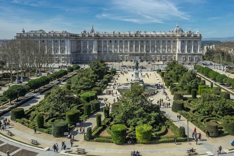 Resultado de imagen de plaza de oriente madrid