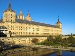 ,Excursión a El Escorial,Excursion to El Escorial,Excursión a Segovia