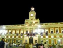 Madrid de noche im genes y fotos de madrid for Puerta del sol madrid mapa
