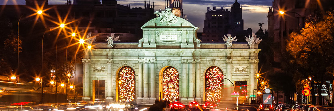 Plaza De Cibeles Madrid S Most Renowned Square And Fountain