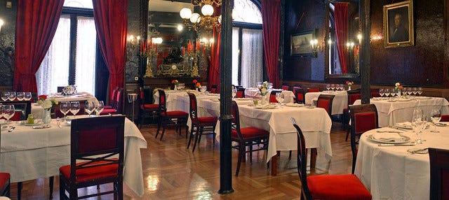 Cena en el restaurante Lhardy