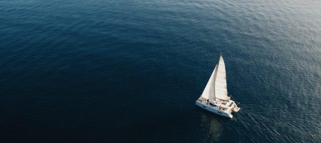 Paseo en catamarán por la bahía de Málaga