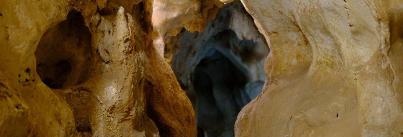 Entrada a la Cueva del Tesoro
