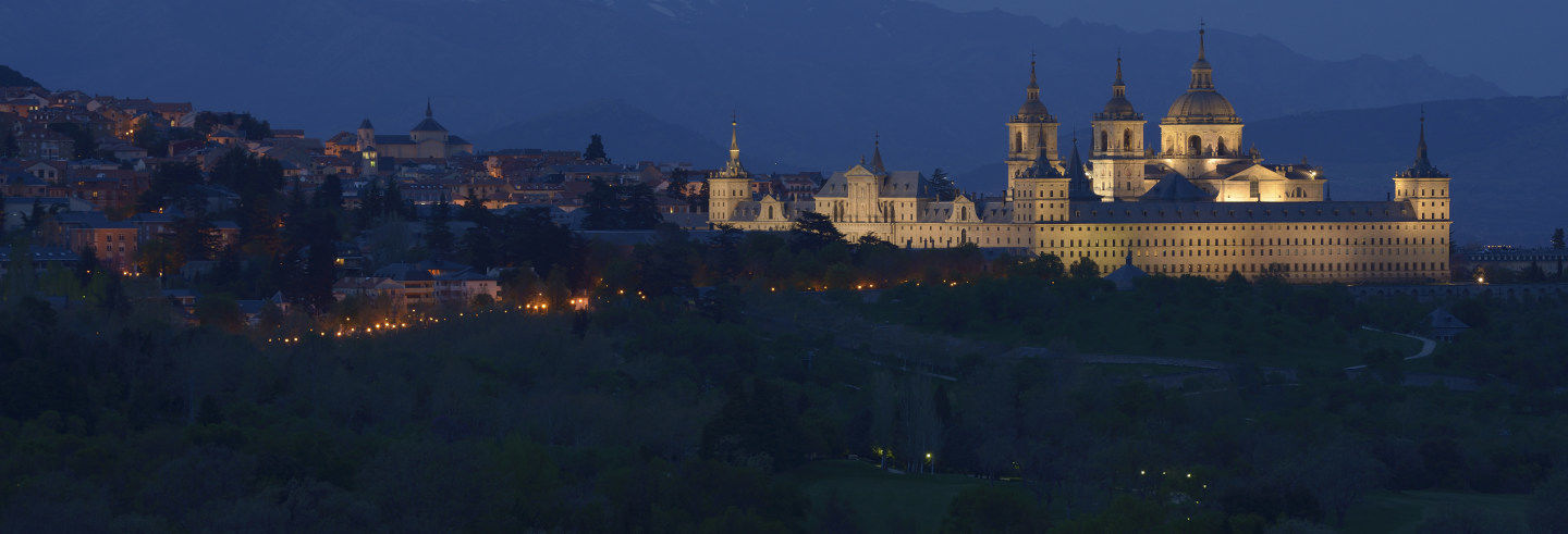 Tour de misterios y leyendas por El Escorial