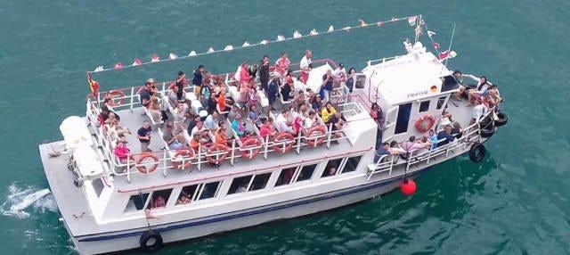 Paseo en barco por la costa de Santoña