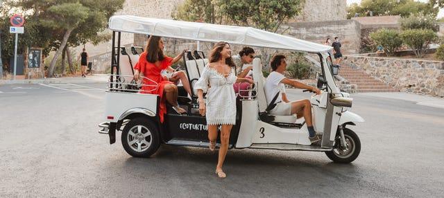 Tour en tuk tuk por Sevilla