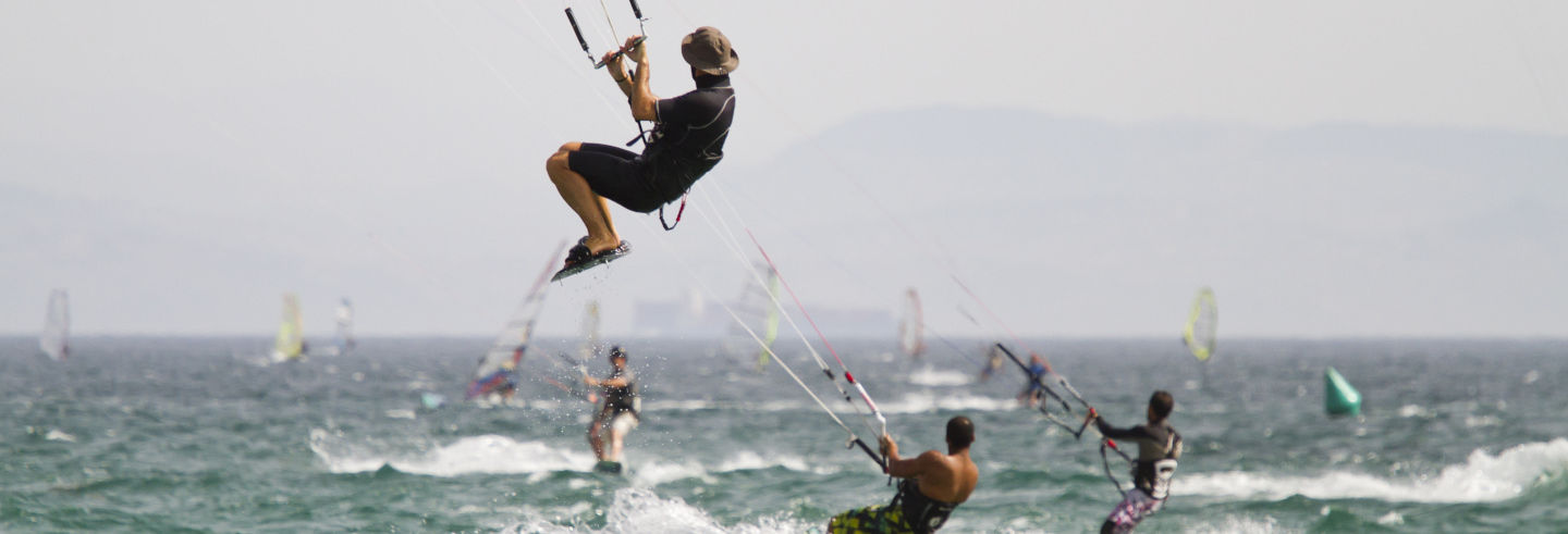 Curso de kitesurf de 2 días en Tarifa