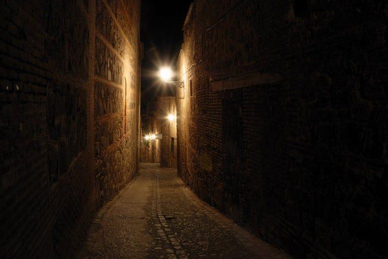 Tour nocturno por el toledo misterioso reserva en - Inmobiliarias en villagarcia de arosa ...