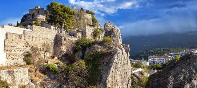 Excursión a Guadalest y fuentes del Algar