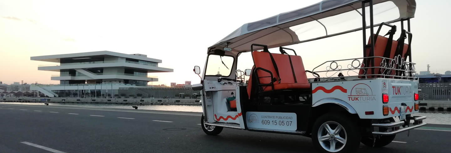 Tour di Valencia in tuk tuk