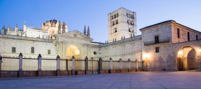 Tour de leyendas y misterios de Zamora
