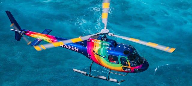 Paseo en helicóptero al atardecer por Honolulu