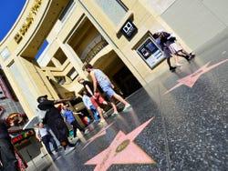 Estrellas frente al Teatro Dolby