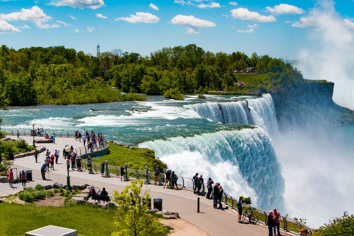 niagara falls full day tour by bus from new york. Black Bedroom Furniture Sets. Home Design Ideas