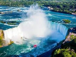 ,Excursión a Cataratas del Niágara,Excursion to Niagara Falls,De 1 día