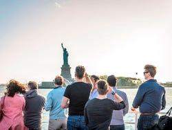 Osservando la Statua della Libertà