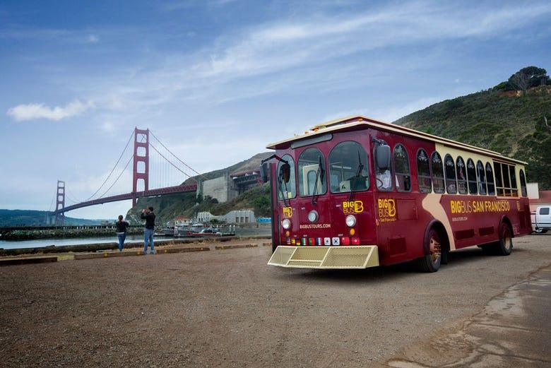 San Francisco Tourist Bus - SanFrancisco net