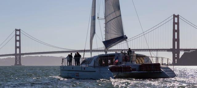 Catamarán por la bahía de San Francisco