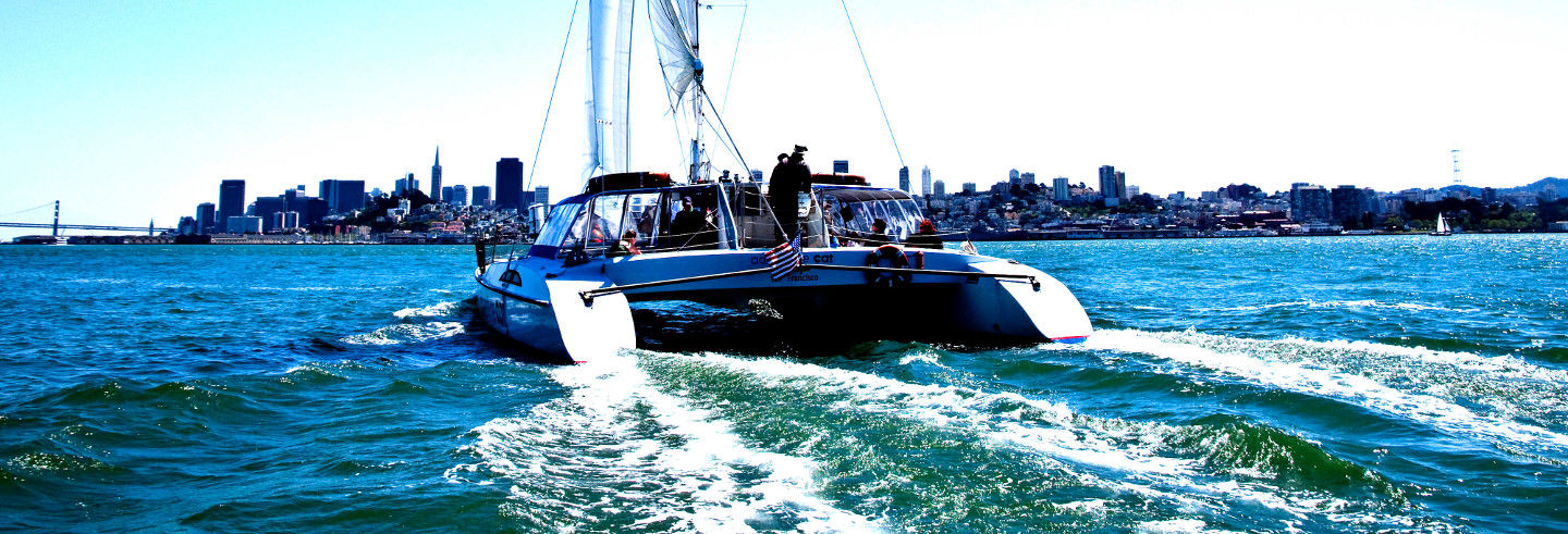 Giro in catamarano nella baia San Francisco