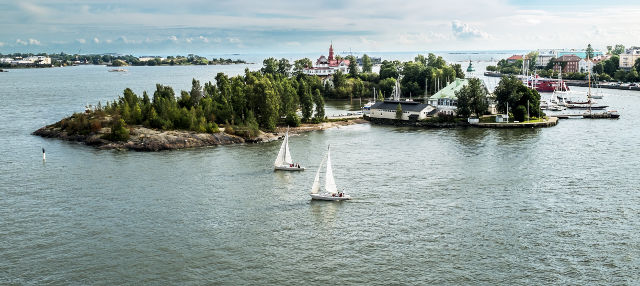 Crucero por los canales de Helsinki