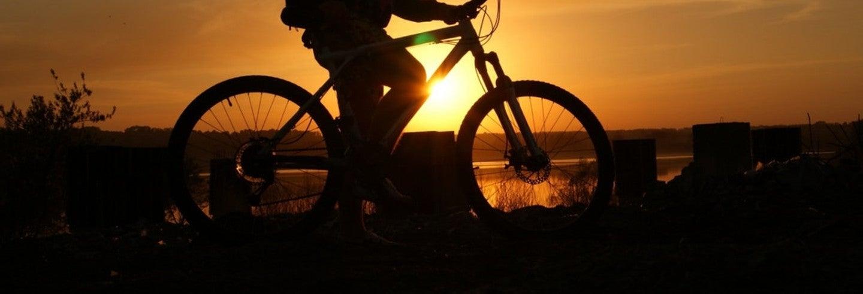 Balade à vélo sous le soleil de minuit