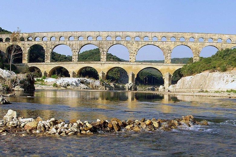 Excursion à Saint-Rémy, au Pont du Gard et aux Baux