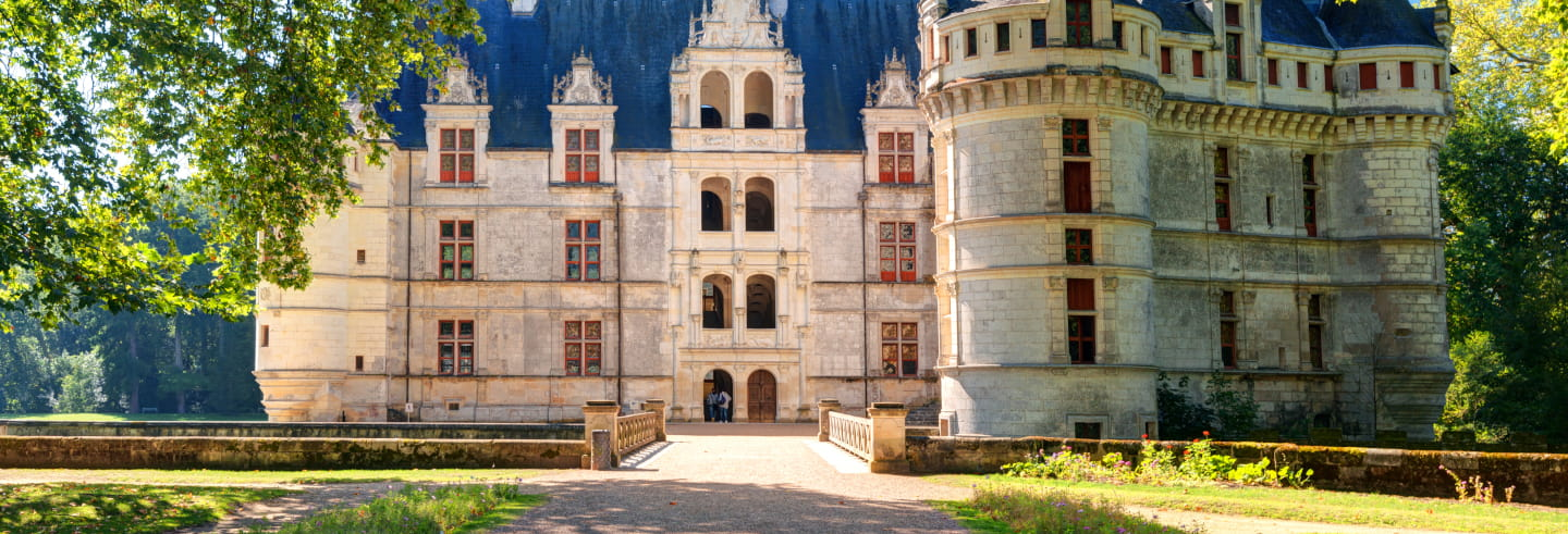 Entrada al castillo de Azay-le-Rideau
