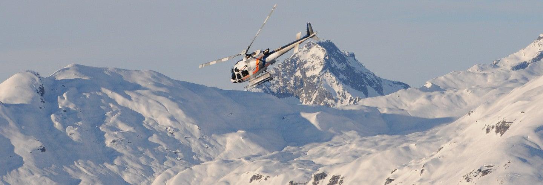 Balade en hélicoptère au-dessus du mont Blanc
