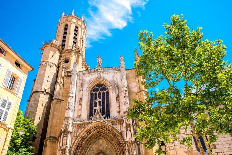 ,Excursión a Aix en Provence,Excursión a Cassis,Tour por Marsella