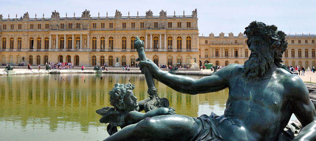 Tour of the Palace of Versailles