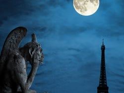 ,Tour por París,Free tour