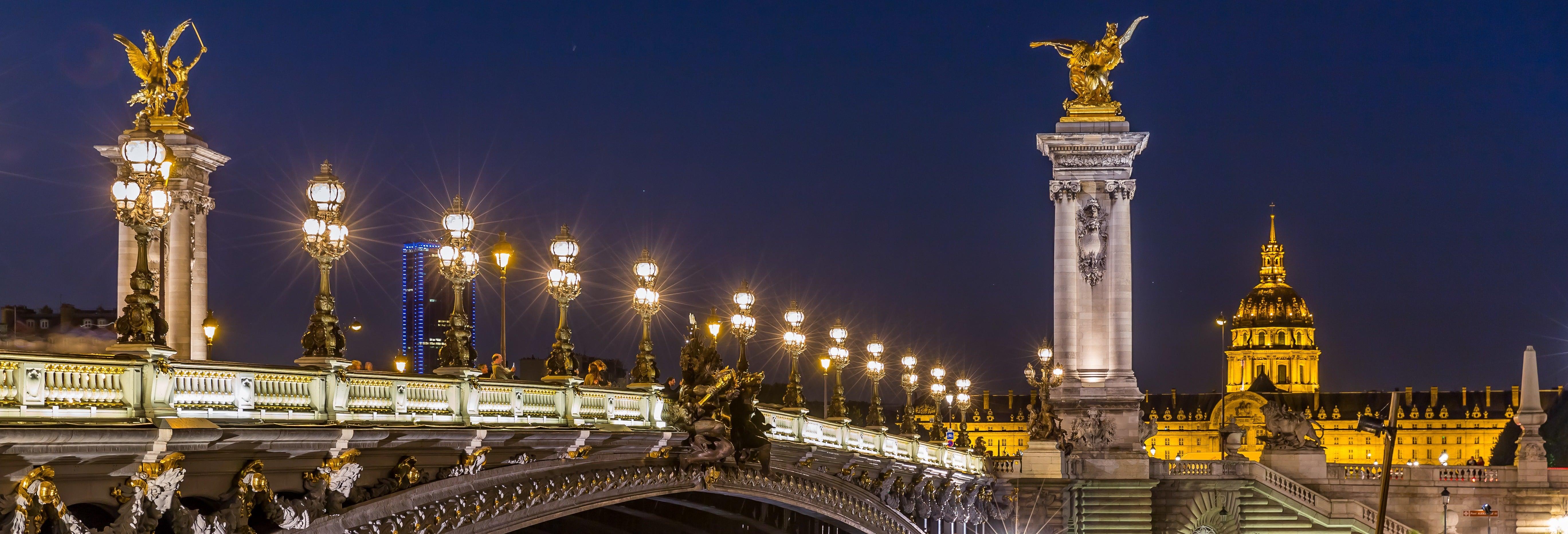 Passeio noturno pela Paris das luzes