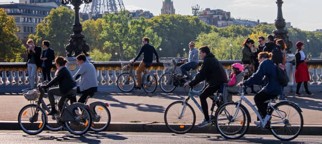 Tour en bicicleta por el París alternativo