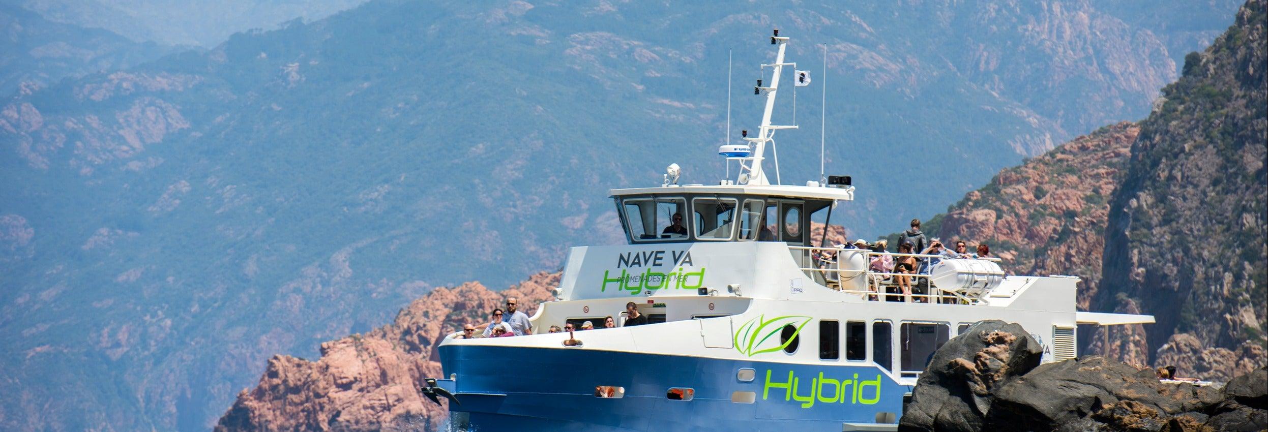 Excursão de barco a Scandola e Girolata