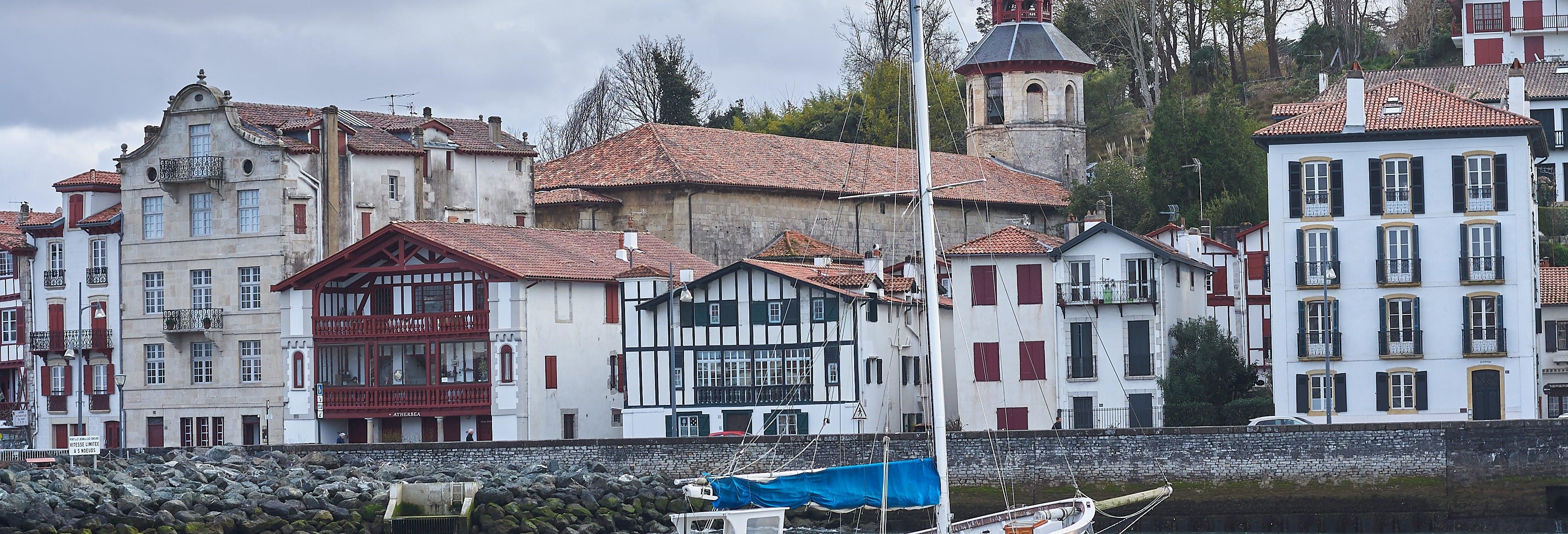 Tour privado por San Juan de Luz con guía en español