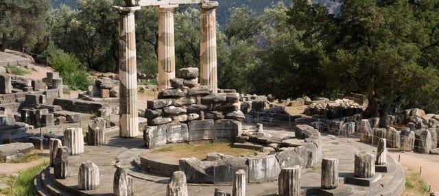 Image result for oráculo delfos y agora
