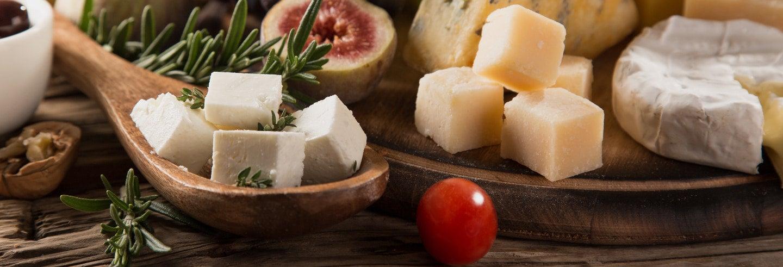 Tour de vinos y quesos griegos