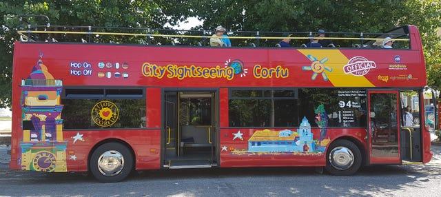 Autobús turístico de Corfú