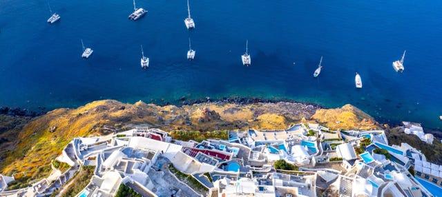 Paseo en barco por la Caldera de Santorini