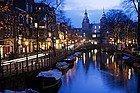 Amsterdam ao anoitecer