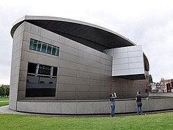 Museo Van Gogh, Edificio de Exposiciones
